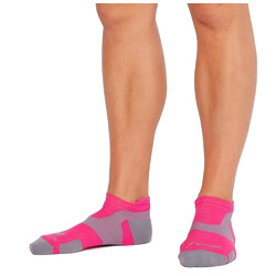 2XU Vectr Light Cushion No Show Compression Socks - Magenta/Light Grey
